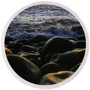 Rocks At The Coast, Giants Causeway Round Beach Towel
