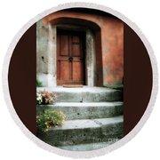 Roman Door And Steps Rome Italy Round Beach Towel