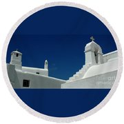 Rooftops Of Mykonos Round Beach Towel
