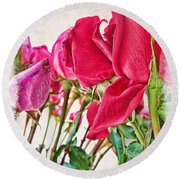 Roses In White Round Beach Towel