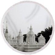 Royal Cemetery Round Beach Towel