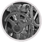Rust Gears And Wheels Black And White Round Beach Towel