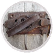 Rusted Latch Round Beach Towel