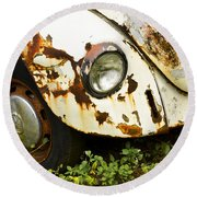 Rusted Volkswagen Round Beach Towel