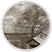 Rustic Hillside Barn Round Beach Towel
