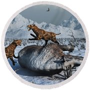 Sabre-toothed Tigers Battle Round Beach Towel