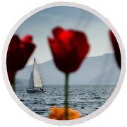 Sailing Boat And Tulip Round Beach Towel