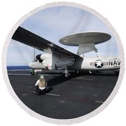 Sailors Guide An E-2c Hawkeye Round Beach Towel