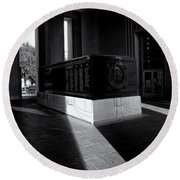 Saint Louis Soldiers Memorial Black And White Round Beach Towel