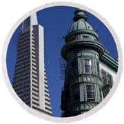 San Francisco Buildings Round Beach Towel