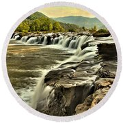 Sandstone Falls At Dusk Round Beach Towel