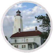 Sandy Hook Lighthouse And Building Round Beach Towel