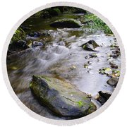 Satus Creek In Autumn Round Beach Towel
