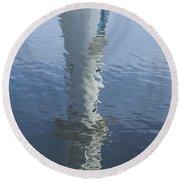 Scott Memorial Lighthouse Reflection Round Beach Towel