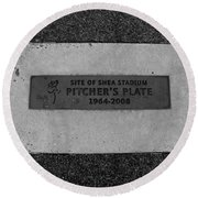 Shea Stadium Pitchers Mound In Black And White Round Beach Towel