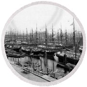 Ships In Harbour 1900 Round Beach Towel