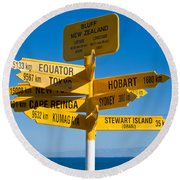 Sign Post In Sterling Point Bluff Round Beach Towel