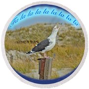 Singing Seagull Christmas Card Round Beach Towel