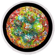 Six  Colorful  Eggs  On  A  Circle Round Beach Towel