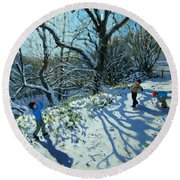Snowball Fight Round Beach Towel