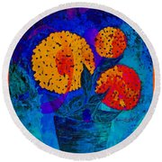 Snowball Plant Abstract 2 Round Beach Towel