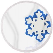 Snowflake With Reflection Round Beach Towel