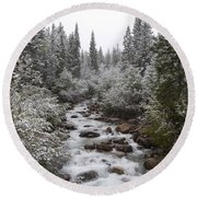 Snowy Foliage Along Stream In Autumn Round Beach Towel