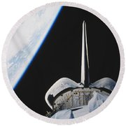 Space Shuttle Endeavour Round Beach Towel