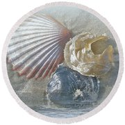 Spirit Of The Sea - Seashells And Surf Round Beach Towel