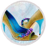 Spring In Your Step Pumps Round Beach Towel