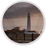 St Marys Lighthouse After Sunrise Round Beach Towel