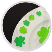 St. Patrick's Day Plate Round Beach Towel