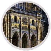 St Vitus Cathedral Entrance Round Beach Towel