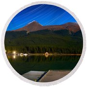 Starry Night Of Mountains And Lake Round Beach Towel