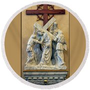 Station Of The Cross 05 Round Beach Towel