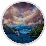 Steamboat On The Hudson River Round Beach Towel