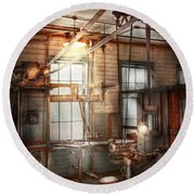 Steampunk - Machinist - The Grinding Station Round Beach Towel