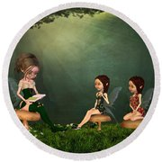 Story Timei N The Forest Round Beach Towel