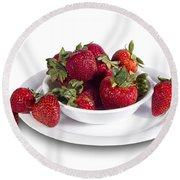 Strawberries In A White Bowl No.0029v1 Round Beach Towel