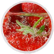 Strawberries In Water Close Up Round Beach Towel
