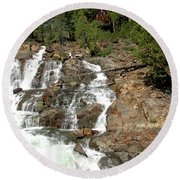 Streaming Glen Alpine Falls Round Beach Towel