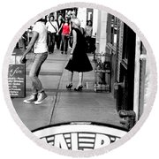 Street Farewell Round Beach Towel