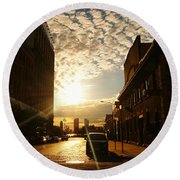 Summer Sunset Over A Cobblestone Street - New York City Round Beach Towel