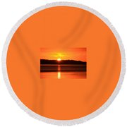 Sun Over Rotortua Nz Round Beach Towel