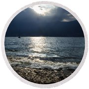 Sunlight And Waves Round Beach Towel