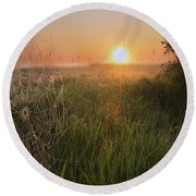 Sunrise On A Dew-covered Cattle Pasture Round Beach Towel