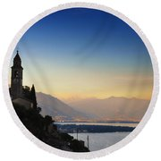Sunrise Over An Alpine Lake Round Beach Towel
