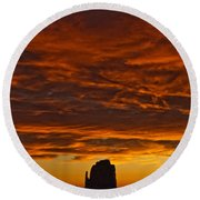 Sunrise Over Monument Valley, Arizona Round Beach Towel