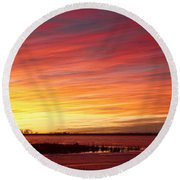 Sunrise Over Union Reservoir In Longmont Colorado Boulder County Round Beach Towel