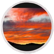 Sunset In Motion Round Beach Towel